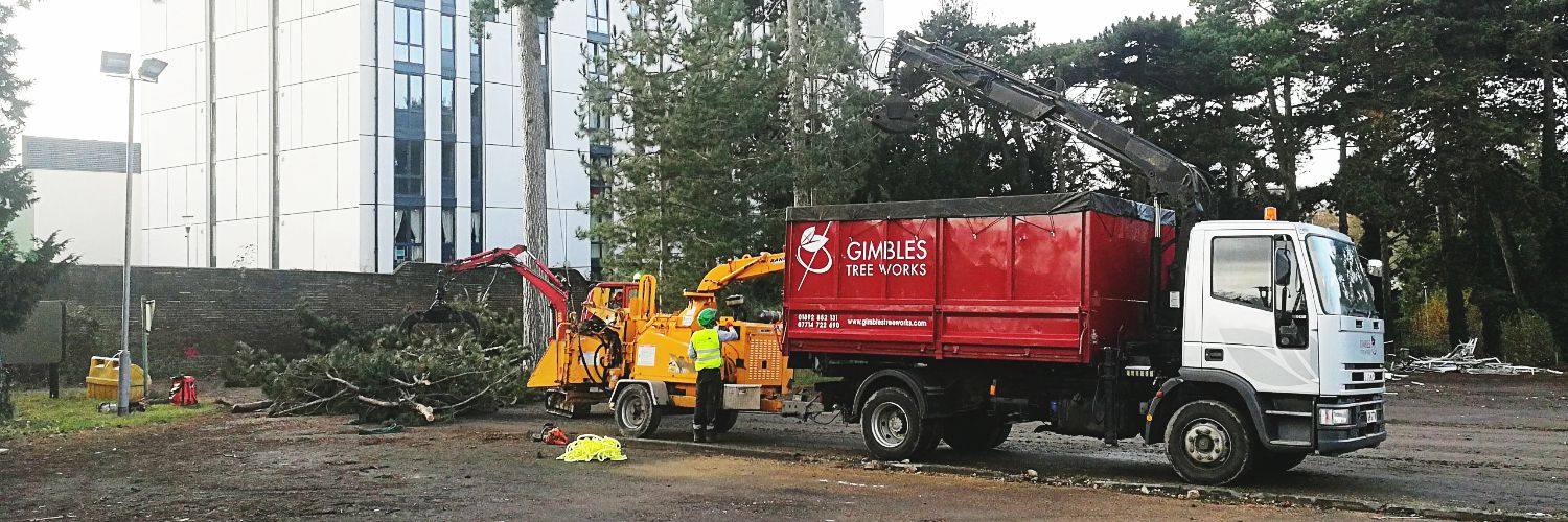 Gimbles chipper and truck onsite at Redrow Maidstone